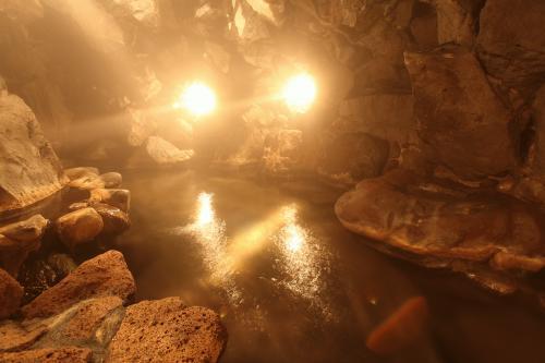 女洞窟_02.JPGのサムネイル画像